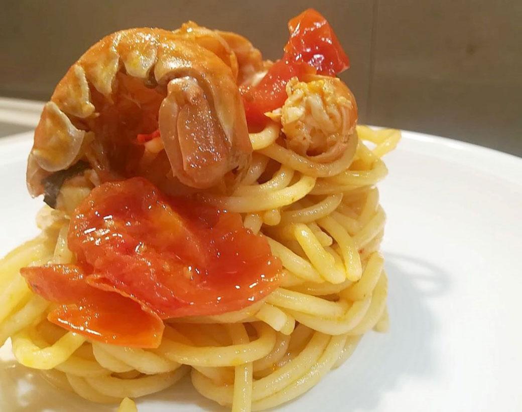 Spaghettoni della Val d'Orcia con scampetti