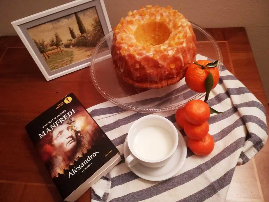 Ciambella glassata soffice al mandarino