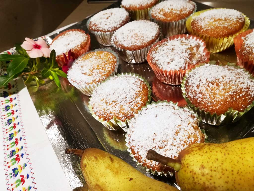 Muffin sofficissimi alle pere della Monica