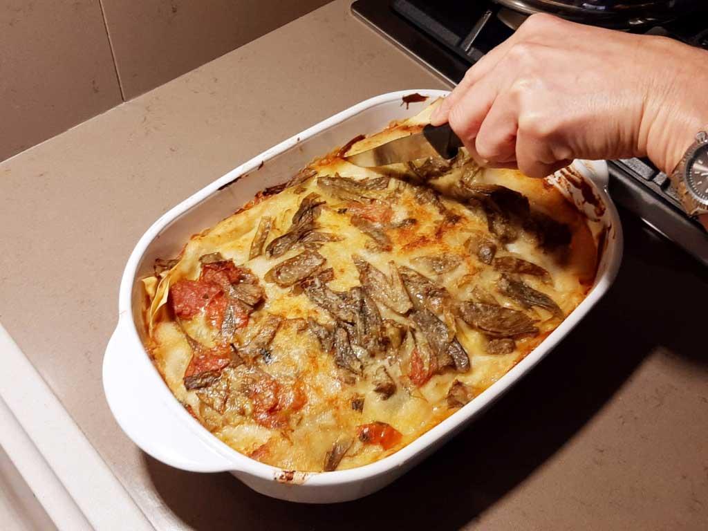 Lasagne con carciofi e pomodorini freschi
