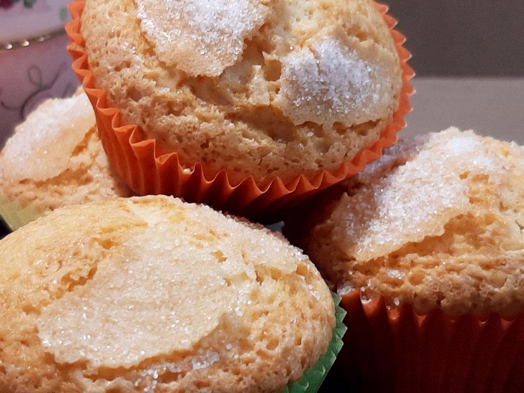 Muffin soffici al limoncello della Monica