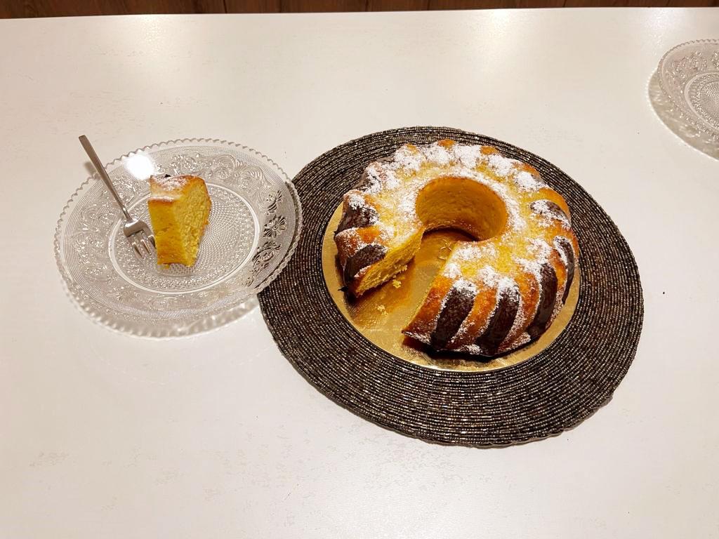 Ciambella umida con zucca e arancia della Monica
