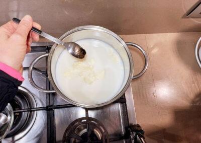 Aggiungete il cucchiaino di estratto di vaniglia