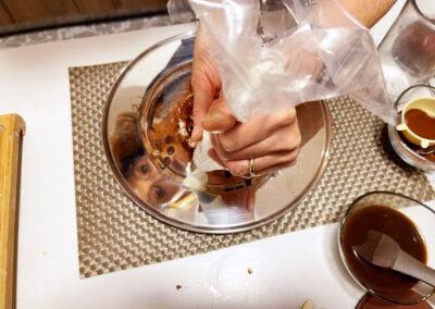 Completate con ciuffetti di panna