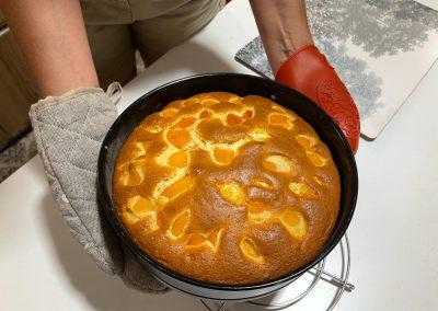 Fatela raffreddare su una griglia per dolci